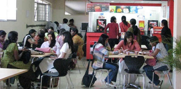 7 best college canteens in India and their specialties