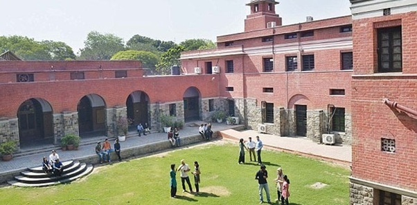 10 things only a delhi university student can relate to