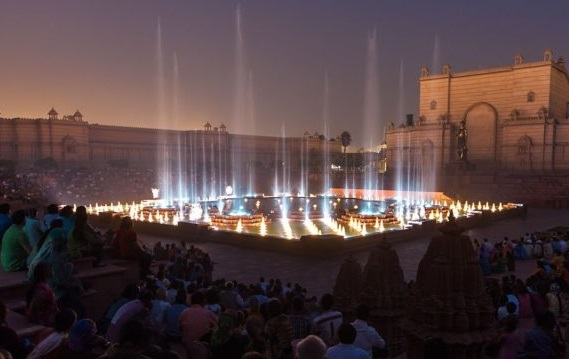 http://www.jagranjosh.com/imported/images/E/Articles/Akshardham-fountain-show