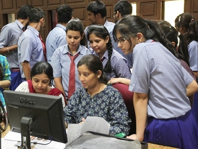delhi-government-to-pay-cbse-exam-fee-body-image