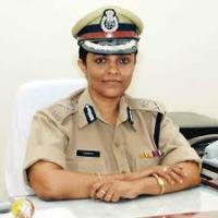 Dr B Sandhya ips