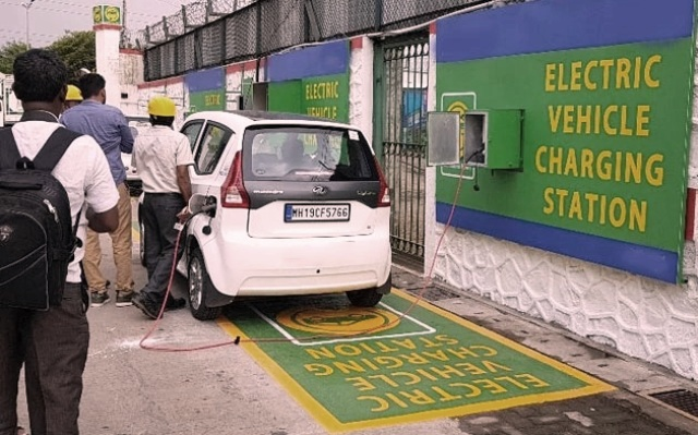 Career and Jobs in EV Charging Stations