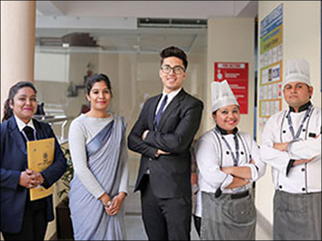Explore a Career in Hotel & Tourism Management