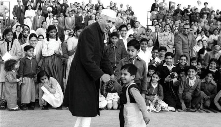 Jawaharlal Nehru and childrens