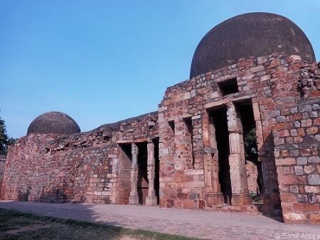 Khilji tomb