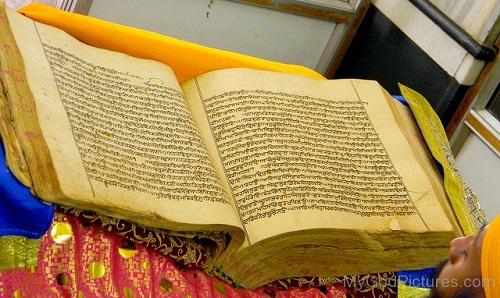 Picture Of Guru Granth Sahib Ji