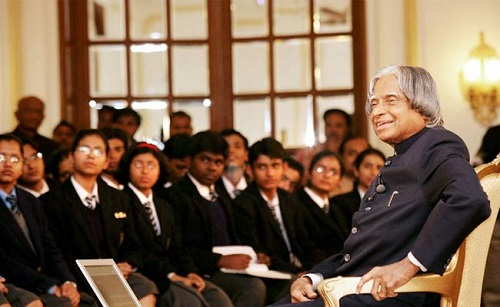 apj abdul kalam with students