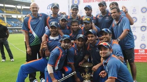 challenger trophy 2013 14 winner team