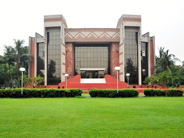 IIM Calcutta New batch classes