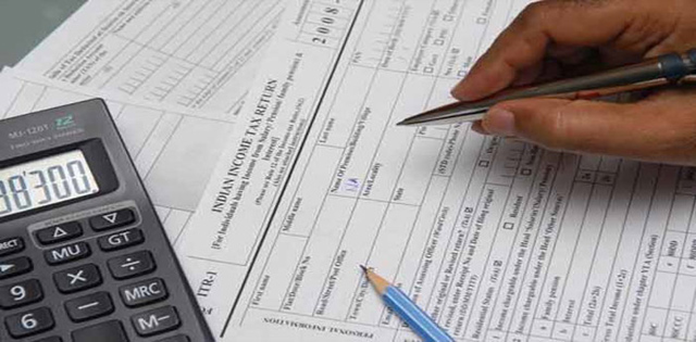 Income Tax Return and accidental compensation