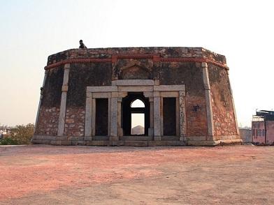jahapanah fort