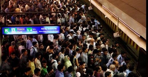 metro travelers at rush hour