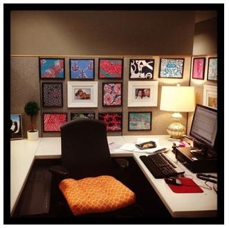 PHOTO WALL OFFICE