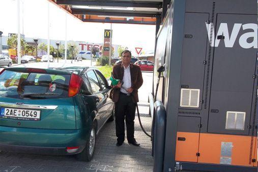 portable petrol pump india