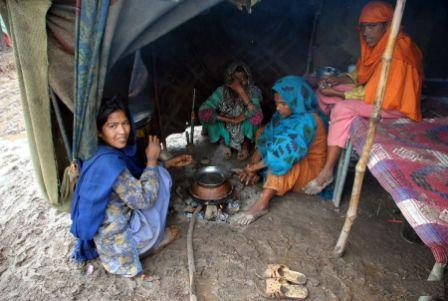poverty in pakistan