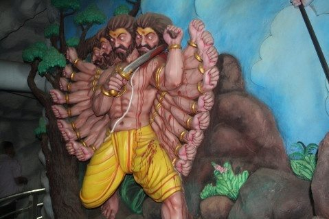ravana cut his head