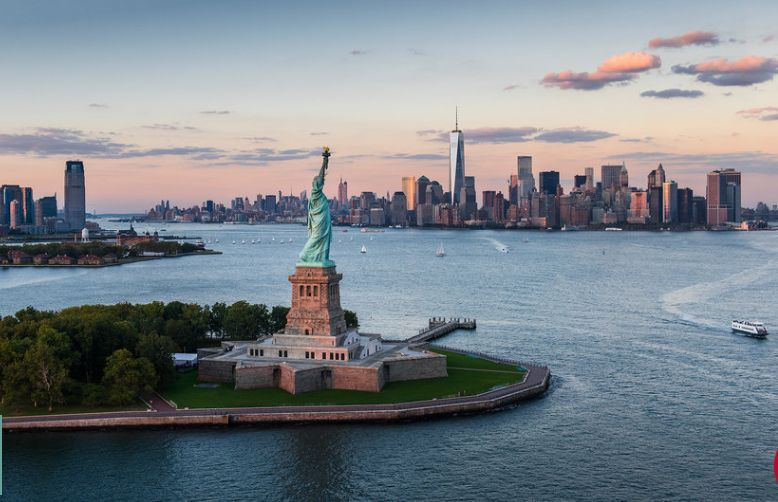 statue of liberty location