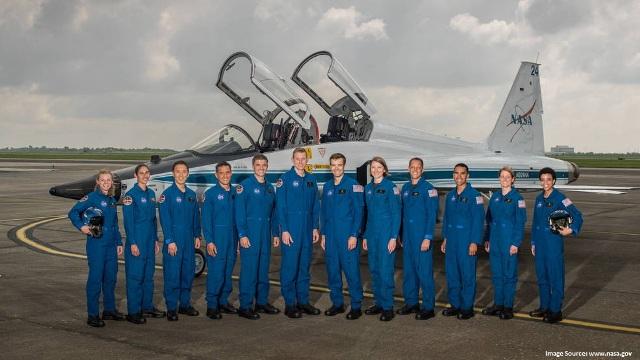 NASA introduces new astronauts