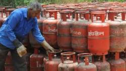 LPG prices to be hiked by Rs 4 per month=