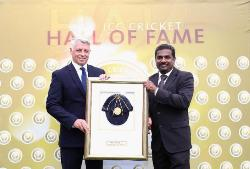 Muralidaran inducted into ICC Cricket Hall of Fame