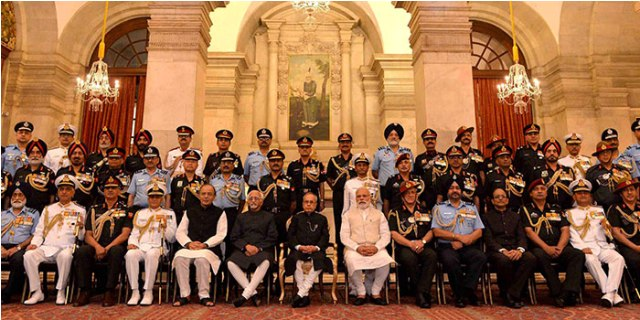 President Presents Gallantry Awards