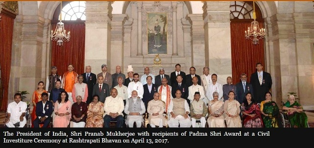 President of India presents Padma Awards