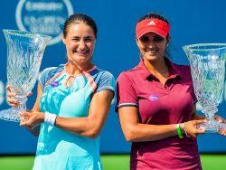 Saina Mirza and Monica Niculescu
