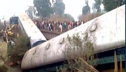 Sealdah Ajmer Express derails