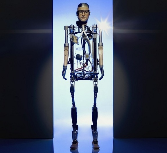 world's first robot human (Bionic man)
