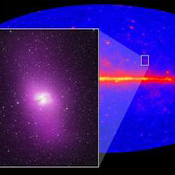 unknown huge radio galaxy