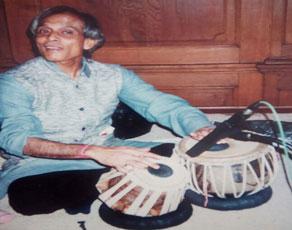 Pandit Lacchu Maharaj