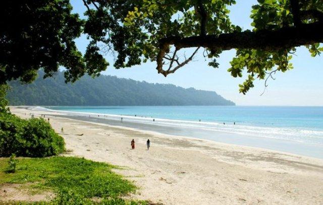radhanagar beach is among top 10 beaches of the world