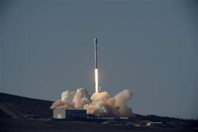 SpaceX successfully launches 3rd satellite in 12 days