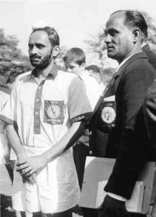 Balbir-Singh-senior-with-dhyan-chand