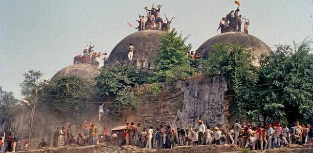 SC refuses to refer 1994 judgment on Ayodhya case to larger bench