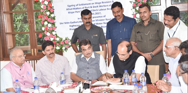 Nitin Gadkari presides over signing of new wage settlement agreement for Major Port employees